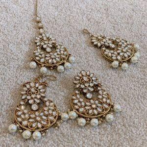 Earrings, tikka and side piece for head